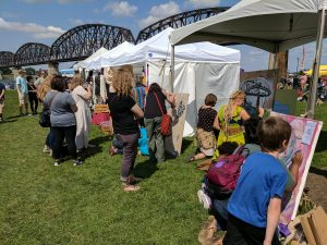 Big Four Arts Festival on Big 4 Bridge Art Music Louisville food and Fun Kid event in Kentucky (121)