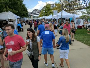 Big Four Arts Festival on Big 4 Bridge Art Music Louisville food and Fun Kid event in Kentucky (157)