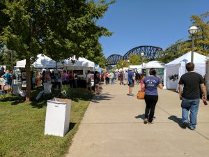 Big Four Arts Festival on Big 4 Bridge Art Music Louisville food and Fun Kid event in Kentucky (241)