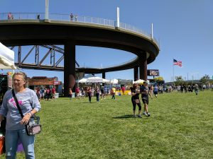 Big Four Arts Festival on Big 4 Bridge Art Music Louisville food and Fun Kid event in Kentucky (412)