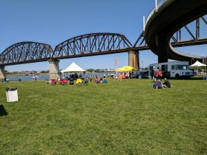 Big Four Arts Festival on Big 4 Bridge Art Music Louisville food and Fun Kid event in Kentucky (419)