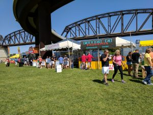 Big Four Arts Festival on Big 4 Bridge Art Music Louisville food and Fun Kid event in Kentucky (424)
