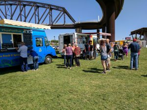 Big Four Arts Festival on Big 4 Bridge Art Music Louisville food and Fun Kid event in Kentucky (431)