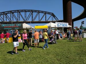 Big Four Arts Festival on Big 4 Bridge Art Music Louisville food and Fun Kid event in Kentucky (9)