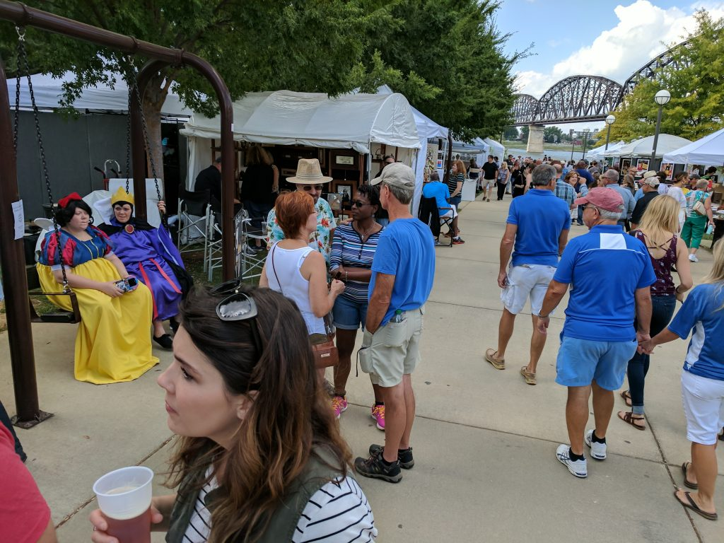 Big Four Arts Festival on Big 4 Bridge Art Music Louisville food and Fun Kid event in Kentucky (159)