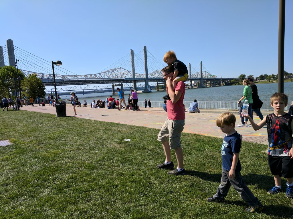 Big Four Arts Festival on Big 4 Bridge Art Music Louisville food and Fun Kid event in Kentucky (445)