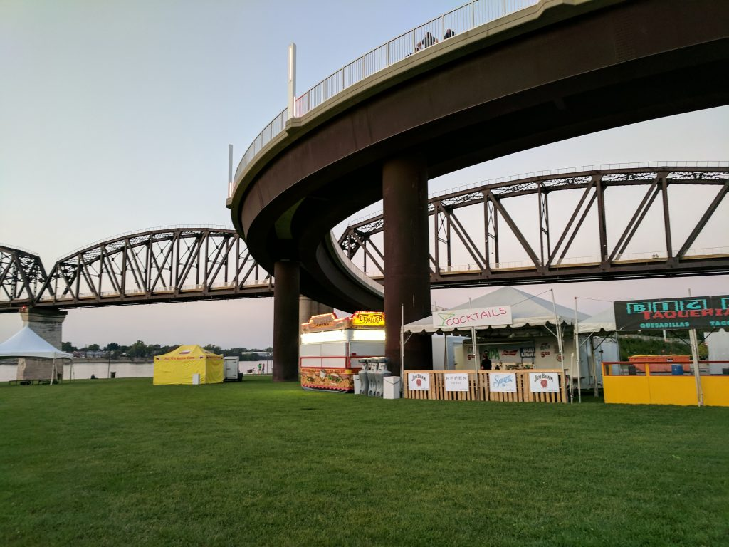 Big Four Arts Festival on Big 4 Bridge Art Music Louisville food and Fun Kid event in Kentucky (56)